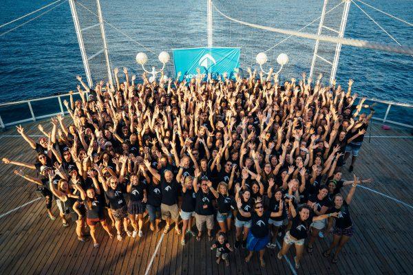 Group of Nomad Cruise V 1200